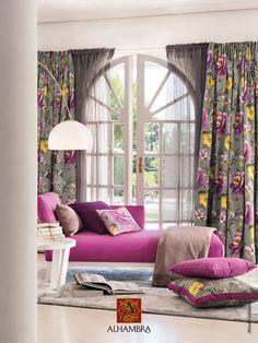 Lo mejor de estas cortinas es el visillo transparente, que tapa pero no esconde.