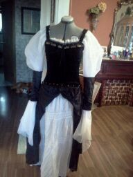 my first renaissance dress with adjustable sleeves (with or without arm bands)