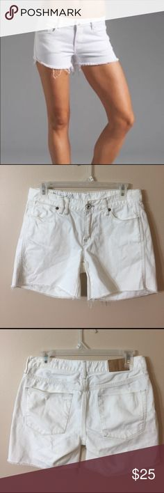 "MADEWELL Cutoff Denim Shorts EUC! Wear these cute cutoffs cuffed or with the frayed edges exposed. Laid flat waist measures 14.5"", inseam is 4.45"". Front rise is 8"". Madewell Shorts Jean Shorts"