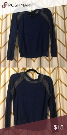 Harlowe and Graham sweater top Very comfortable and lightweight sweater - can be dressed up or down. Harlow Sweaters Crew & Scoop Necks