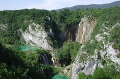 Plitvice lakes are the most popular national park in Coratia. It is terraced system of fresh water lakes connected together by cascades and waterfalls. Area of national park Plitvice lakes was listed in UNESCO since World Pictures, Photo Quality, Unique Photo, Natural World, Fresh Water, The Good Place, Beautiful Pictures, National Parks, Wildlife