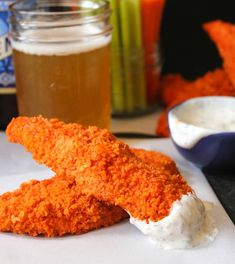The Dude Diet Baked Buffalo Chicken Tenders with Yogurt Ranch Dressing. Yogurt Ranch Dressing, Healthy Ranch Dressing, Healthy Chicken, Chicken Recipes, Chicken Meals, The Dude Diet, Buffalo Chicken Tenders, Chicken Tenderloins, Fries In The Oven