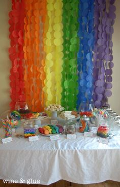 Tons of great RAINBOW PARTY ideas!