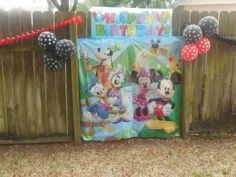 Easton's Mickey Mouse Clubhouse Party!   CatchMyParty.com