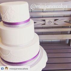 FB: Miss Jane's Cakes Insta: missjanescakes