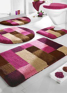 Pink and brown rug Tapetes Diy, Homemade Rugs, Pom Pom Rug, Latch Hook Rugs, Brown Rug, Traditional Decor, Bathroom Rugs, Rug Hooking, Locker Hooking