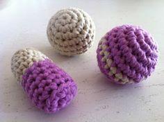 haken voor de katten  crochet for the cats
