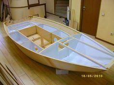 """ПОСТРОЙ ЛОДКУ СВОИМИ РУКАМИ - ШВЕРТБОТ """"ЧИЖ-2"""" Boat Stuff, Small Boats, Boat Plans, Wooden Boats, Boat Building, Sailing, Home Decor, Youtube, Gone Fishing"""