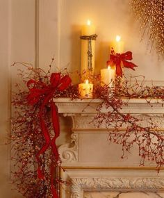 Christmas mantel decorations can make your home be filled with so much more Christmas spirit this December! Victorian Christmas Decorations, Christmas Mantels, Cozy Christmas, Xmas Decorations, Beautiful Christmas, Christmas Holidays, Christmas Wreaths, Holiday Decor, Vintage Christmas
