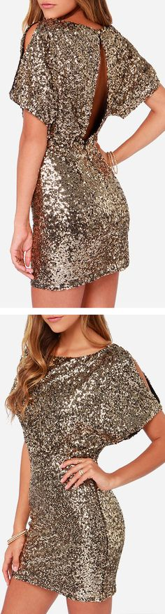 Sparkle sequins gold dress // LOVE.