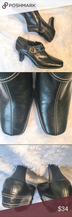 NWT Aerosoles Booties Leather upper, flex sole, side zip for easy on and off, side buckle for adornment.  Size: 6.5!  Never worn AEROSOLES Shoes Ankle Boots & Booties