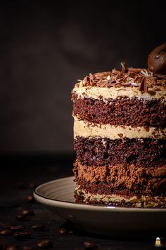 Schoko-Kaffee-Torte: Ideal für Kaffeeliebhaber   BACKINA Food Cravings, Vanilla Cake, Tiramisu, Food And Drink, Chocolate, Ethnic Recipes, Desserts, Muffins, Cake Batter
