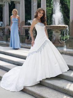 Wedding dresses, plus size wedding dresses, bridesmaid dresses, tuxedo rentals, prom dresses