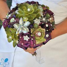 Garden Beauty - Blue Petyl Bouquets Love these colors! Bridal Brooch Bouquet, Brooch Bouquets, Bridal Bouquets, Bridal Flowers, Flower Bouquet Wedding, Nights In White Satin, Making A Bouquet, Flower Centerpieces, Flower Arrangements