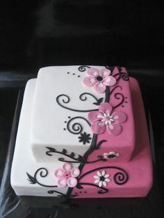 Flower design like Aldoska By Haaz76 on CakeCentral.com