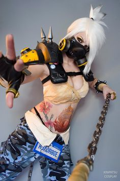Videogame: Overwatch. Character: Roadhog. Version: Hottie Gender Bender. Cosplayer: Tayla Barter 'aka' Kinpatsu.From: South Africa.  Event: Anime Expo 2016. Photo: Self.