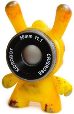 Cris Rose (Yellow) ?/?? - Dunny Series 2013