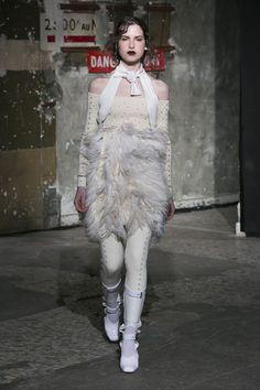 Look 21 FW1617  #neithnyer #hauntedseason #fashion #theonetowatch