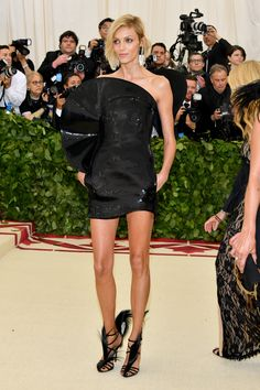 Fashion & The Catholic Imagination Costume Institute Gala at The Metropolitan Museum of Art on May 2018 in New York City. Anja Rubik, Costume Institute, May 7th, Catholic, Costumes, Formal Dresses, Fashion, Dresses For Formal, Moda