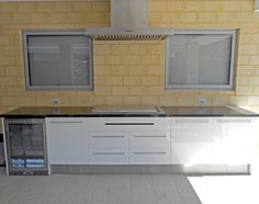 New built home in Perth with uber-modern white outdoor kitchen cabinetry - NEW to M&B www.mbsales.com.au/alfrescokitchen