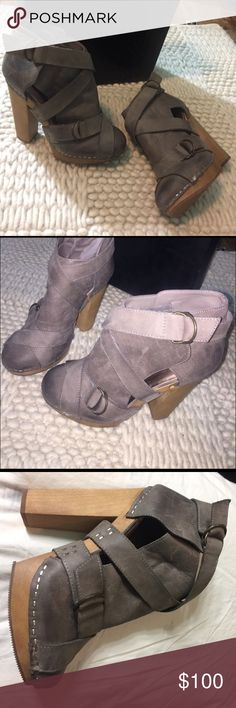 Steve Madden Geema Grey Lea Never Worn Out! Rustic Look** 5' inch Heel! This is actually a re posh! I don't wear heels that much!👌🏼 Don't Forget to Bundle and Save 👌🏼 Trades/Purchases 👌🏼 Steve Madden Shoes Ankle Boots & Booties