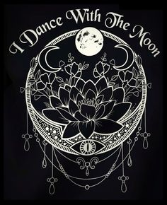 I dance with the moon - witchy - crafts home Dreieckiges Tattoos, Body Art Tattoos, Tattoo Pics, Tattoo Blog, Sleeve Tattoos, Tatoos, Tattoo Quotes, Tattoo Mond, Witch Tattoo