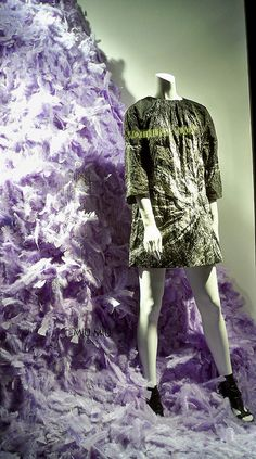 Feather Fill: Lilac, pinned by Ton van der Veer
