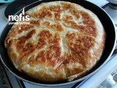 Sulu Tava Böreği (Su Böreği Tadında) – Nefis Yemek Tarifleri Turkish Recipes, Food And Drink, Desserts, Pizza, Tailgate Desserts, Deserts, Postres, Dessert, Plated Desserts