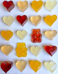 Make naturally flavored or vegan-friendly gummy bears with Kris Galicia Brown's surprising gelatin substitute. Forget the store-bought stuff. Making gummy bears at home is a breeze with fruit juice and our four simple steps. Homemade Gummies, Homemade Gummy Bears, Homemade Candies, Candy Recipes, Sweet Recipes, Baby Food Recipes, Snack Recipes, Detox Recipes, Vegan Sweets