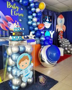 Rocket Birthday Parties, Thomas Birthday Parties, Birthday Party Decorations, Space Baby Shower, Boy Baby Shower Themes, Nasa Party, Astronaut Party, Outer Space Party, Baby Boy 1st Birthday
