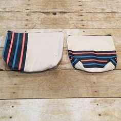 Makeup toiletry bag set new Bloomingdales Set of 2 makeup pouches for your travel needs. Perfect summer pouch to throw in your bag. and Brand new. Makeup Pouch, Toiletry Bag, Makeup Cosmetics, Pouches, Fashion Tips, Fashion Design, Fashion Trends, Cosmetic Bag, Traveling By Yourself