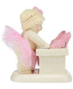 Department 56 Shoe Shopping Snowbabies Collectible Figurine