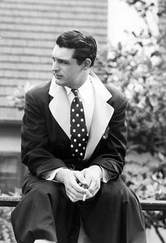 Carey Grant in a black and white polka dot tie is pretty perfect.
