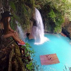 Kawasan Falls, Cebu, Philippines, photo by Tag your friends you'd be here with 😍 Peru Vacation, Vacation Spots, Peru Trip, Machu Picchu, Gopro, Places To Travel, Places To See, Kawasan Falls, Destinations