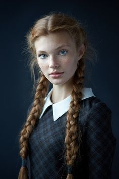 Arianna Walker, except, her hair is a little bit darker, closer to mahogany brown. But her face is perfect!