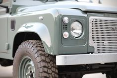 Land Rover Defender D90 Keswick Green | HiConsumption