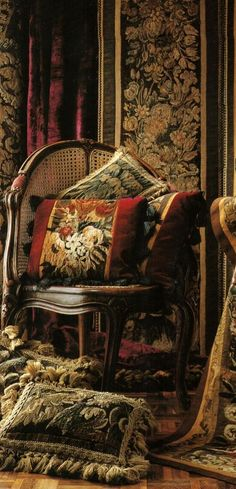 Beautiful pillows always add panache. collection of & century tapestry fragments. Decoration, Art Decor, Home Decor, Tapestry Fabric, Interior Decorating, Interior Design, Victorian Homes, House Colors, Interior Inspiration