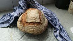 Op de ovensteen gebakken brood