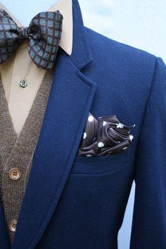 Mens Vintage 2 Button Navy Wool Blazer by ViVifyVintage dapper! Gentleman Mode, Gentleman Style, Mode Masculine, Sharp Dressed Man, Well Dressed Men, Fashion Mode, Mens Fashion, Fashion Trends, Looks Style