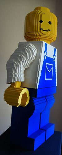 The biggest Lego minifig 30:1 scale