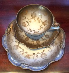 Beautiful vintage Eberthal tea cup and saucer trio