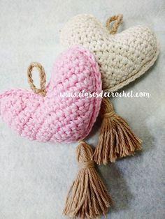 patrones gratis crochet Crochet Baby Hat Patterns, Love Crochet, Irish Crochet, Diy Crochet, Baby Patterns, Crochet Flowers, Crochet Hearts, Crochet Wall Hangings, Crochet Gratis