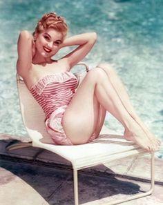 Debra Paget - retro pretty!