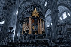 Cathedral Altar by Rene Alejandro Basurto Quijada on 500px