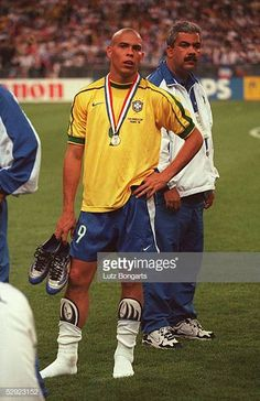 Ronaldo World Cup 1998 Stock Pictures, Royalty-free Photos & Images Best Football Players, Football Is Life, Football Boys, World Football, Brazilian Ronaldo, Ronaldo 9, Legends Football, Liverpool Players, Football Images