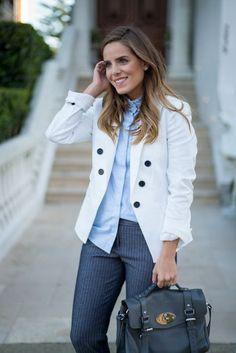 A classic blazer my style Estilo Preppy Chic, Preppy Style, My Style, Trajes Business Casual, Business Casual Outfits, Business Chic, Womens Fashion For Work, Work Fashion, Fashion Black