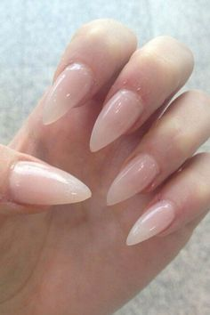 Want!!! Claw stiletto nails.