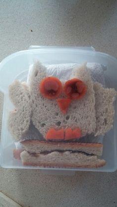 Sandwich owl (free cutting)