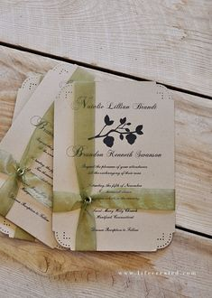 10 Tips and Ideas for making your own wedding invitaions. MUST HAVE KNOWLEDGE!