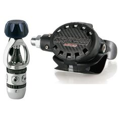 Cressi Sub Ellipse Black / AC2 In-Line Piston Yoke Regulator - http://scuba.megainfohouse.com/cressi-sub-ellipse-black-ac2-in-line-piston-yoke-regulator/